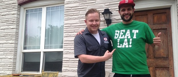 Jake Browne, comedian, host, journalist and entrepreneur joins Jon of All Trades to talk about his many ventures. Debuts October 7, 2015.